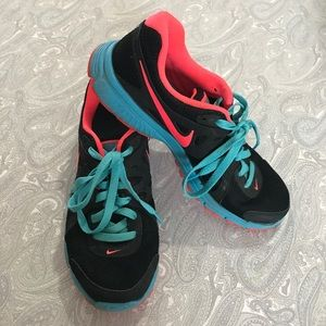 Nike Women's Revolution 2 Trainers Sneakers Shoes